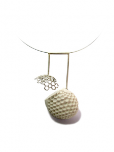 "Picture of ""pieza struct"", a jewellery piece by Andrea Nabholz"